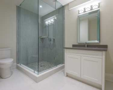Glass shower booth custom design