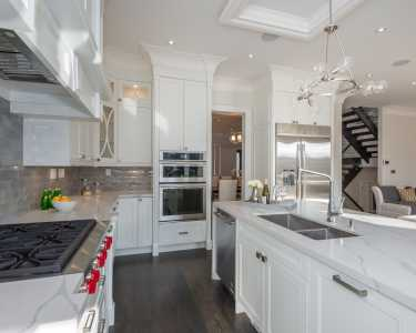 Custom kitchen cabinetry by Blck Pearl custom homes