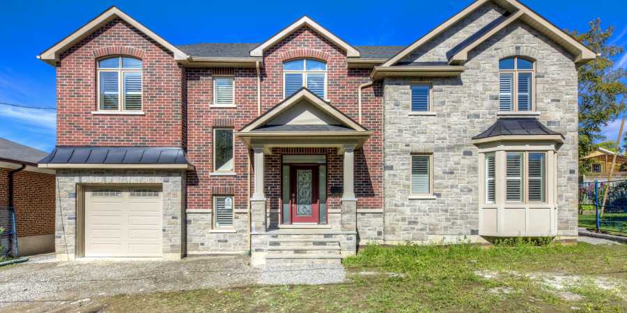 Custom Home Built on Redbank Rd – North York